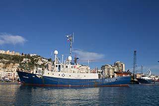 Lifeline im Hafen von Malta, Vollansicht
